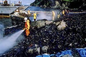Za katastrofu tankeru Exxon Valdez mohla práce navzdory výstražnému tikání biologických hodin. Foto: ADN.com