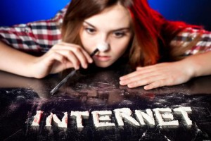 Celosvětově závislost na internetu ohrožuje 400 milionů lidí, nejvíc z nich žije patrně v Číně. Ilustrační foto: Twitter