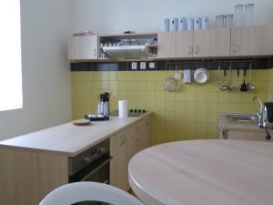 Díky rekonstrukci mají pacienti možnost nácviku vaření včetně nákupu, finančního rozpočtu či stolování. Foto: MK