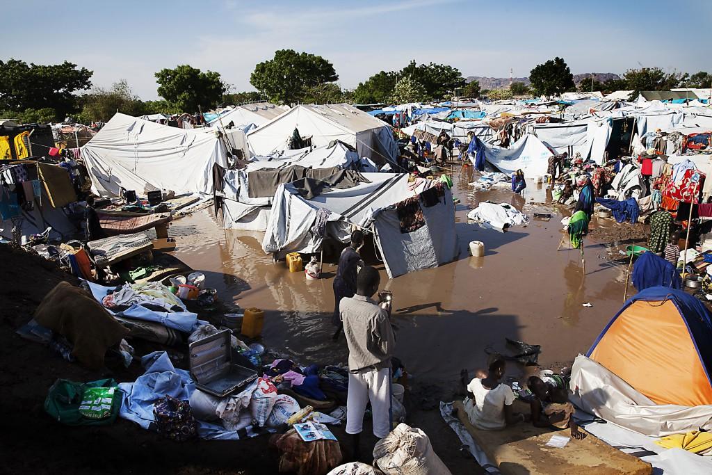 Mobilní klinika Lékařů bez hranic v uprchlickém táboře Juba v Jižním Súdánu. Foto: © Lékaři bez hranic/Anna Suryniach