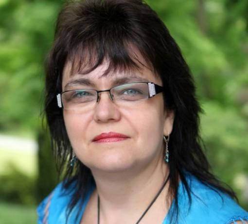 """Práce dětského praktika se v posledních třiceti letech proměnila. """"Největší rozdíl je určitě v diskusích. Dřív to bylo bráno tak, že co doktor řekl, to platilo. Na očkování jste přišli a dostali lžičku a hotovo,"""" říká praktická dětská lékařka Alena Šebková. Foto: archiv Aleny Šebkové"""