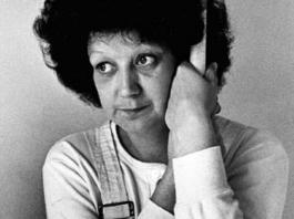 McCorveyová pod ochranným pseudonymem Jane Roeová podala u soudu v Texasu žádost o potrat, který jí ale nebyl umožněn, uspěla až u Nejvyššího soudu. Mezitím se dítě narodilo. Foto: Pinterest